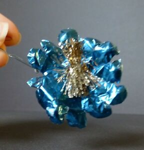 Image Is Loading Antique Blue Tinfoil Flower Gold Tinsel Wire Christmas