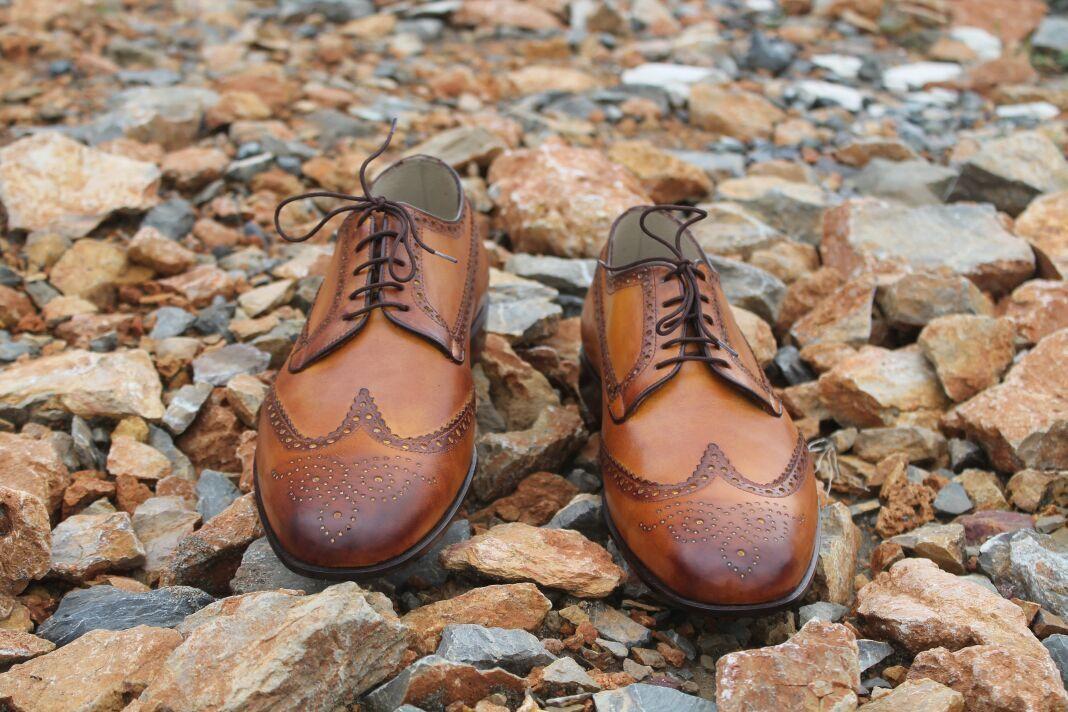 MEN NEU HANDMADE ORIGINAL LEATHER WINGTIP TAN DRESS FORMAL Schuhe