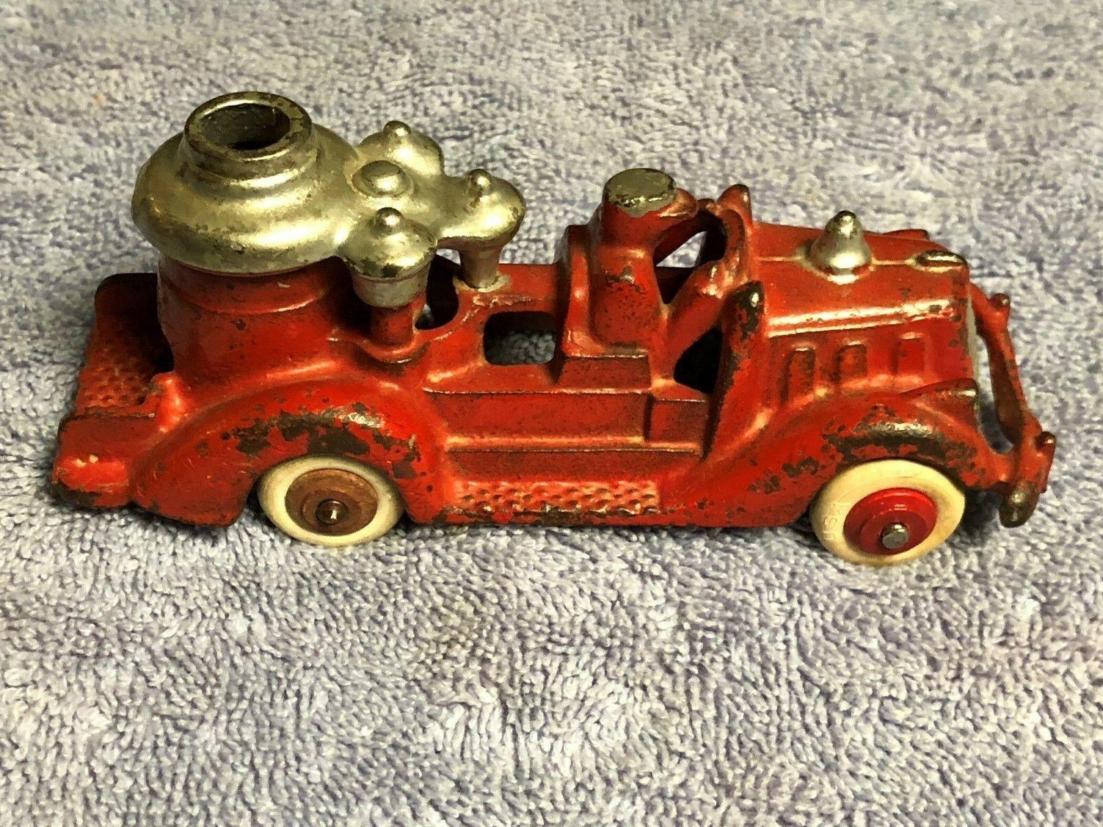 Antiguo Década de 1930 alrojoedor de hierro fundido condición original, Camión De Bomberos Autobomba por Hubley