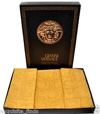 DRESS YOUR BEDROOM IN GIANNI VERSACE GOLD BAROQUE SHEET SET
