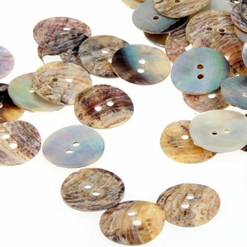 B2W7 100 x 15 mm Pearl Mussels Round Buttons