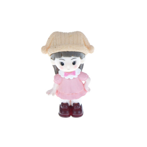 Couple with hat Resin Miniature Figurine Fairy Garden Decor Micro LandscapRSDE