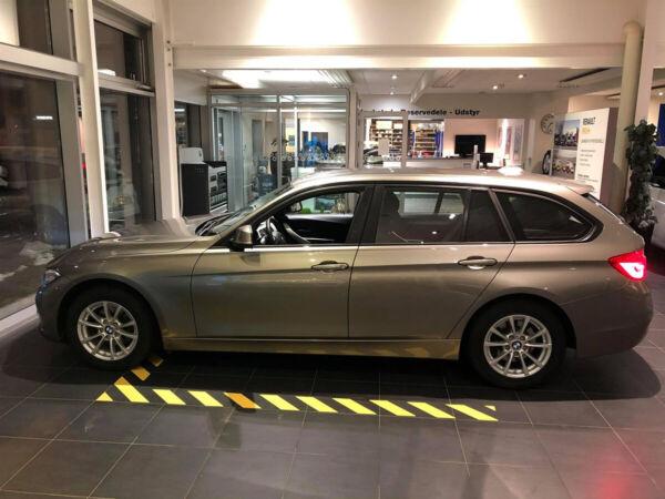 BMW 320i 2,0 Touring aut. - billede 1