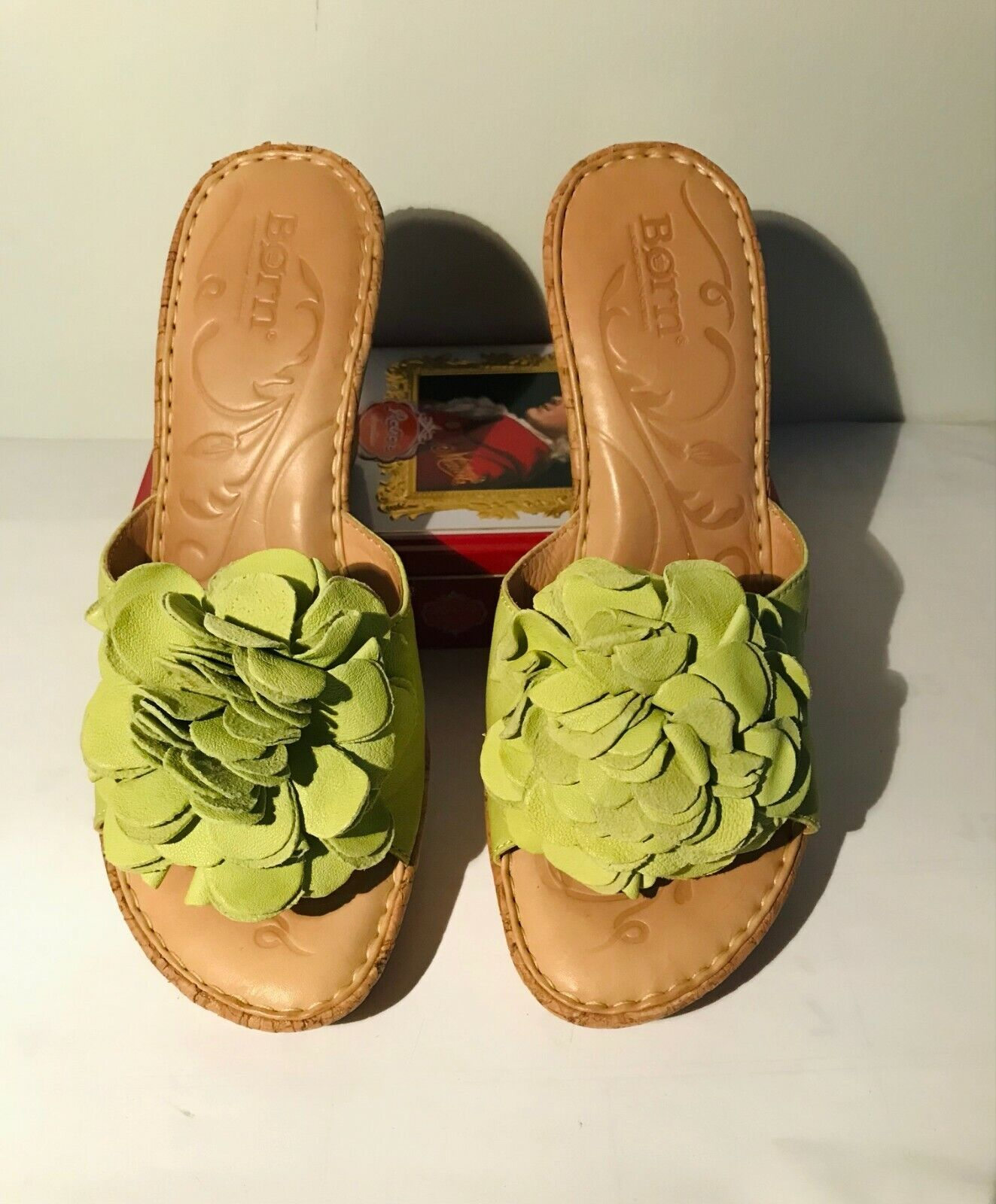 Born Leather wedge Light Green Sandals w/flower d… - image 2