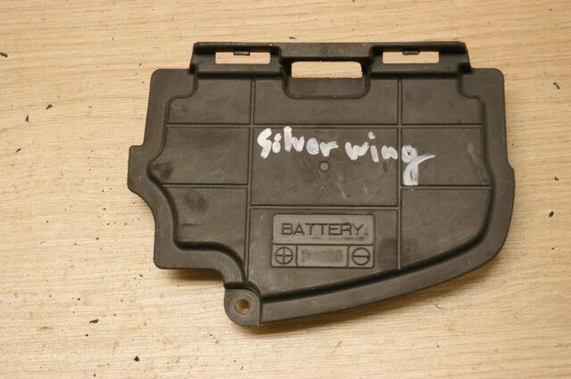 Suzuki Burgman 400 AN400 2003-2006 battery box cover