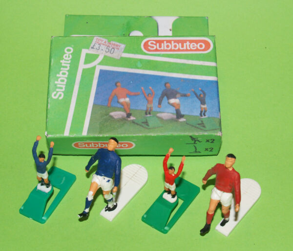 Subbuteo : Doppia Coppia Di Figure - Cod. 61133 (corner Kickers And Throw-in)***