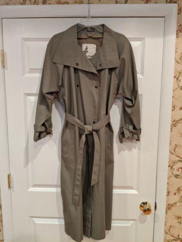 Vintage Misty Harbor Trench coat / rain coat size