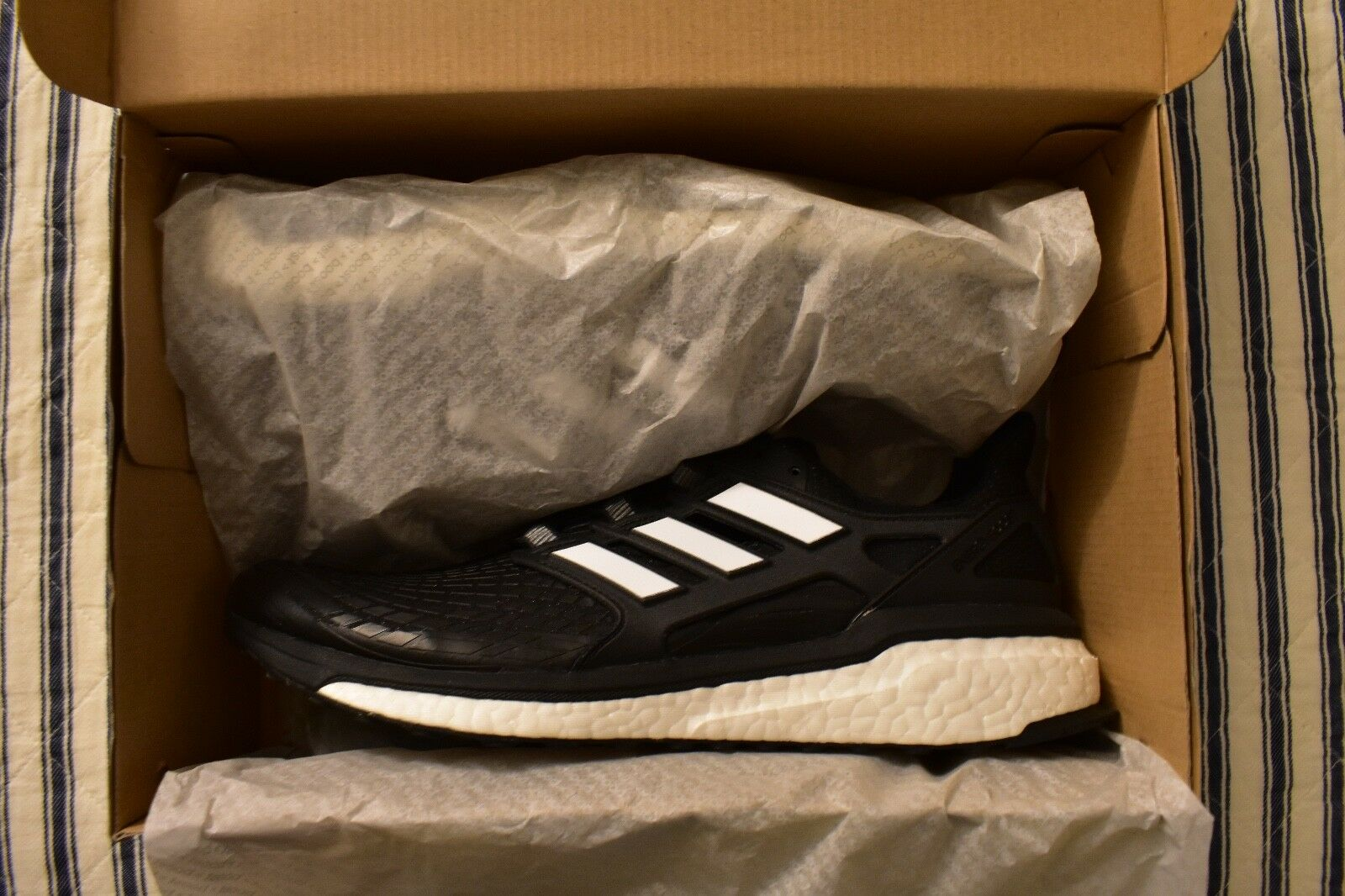 ADIDAS ENERGY BOOST BLACK/WHITE MENS SIZE 11 ENERGY BOOST BRAND NEW IN BOX