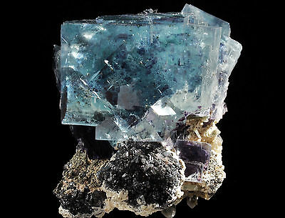Perfect  Gem  Blue Fluorite Crystal  From Yaogangxian Mine,China