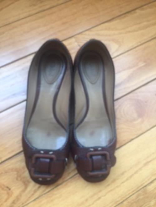 Pre-owned CHLOE Marroneee Buckle Front Ballet Flats 1.5'' stucco heel SZ 36.5 ITALY