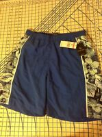 Moose Creek Size M Floral Boardshorts