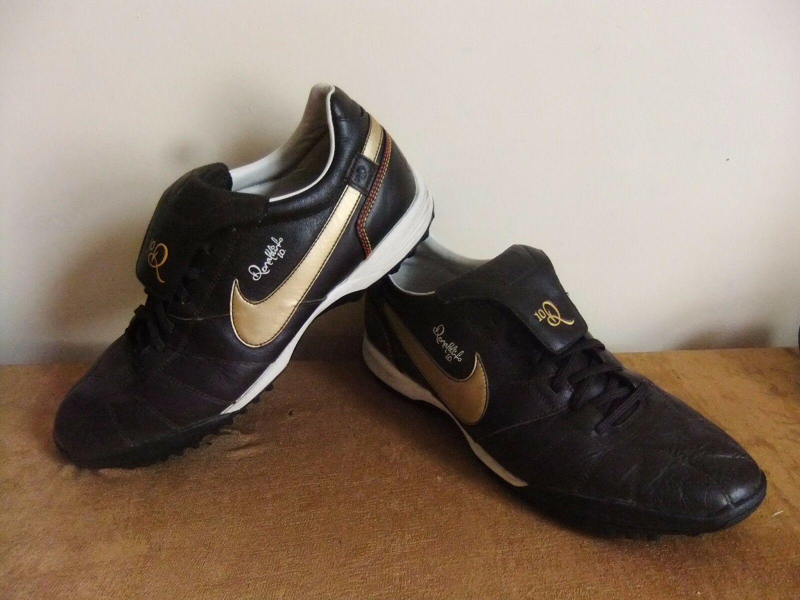Nike Tiempo Ronaldinho 10 Football Bottes trainers 11 chaussures Q10 Part leather 11 trainers RARE b086bd