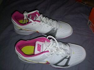 ladies court trainers