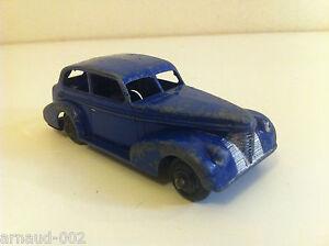 Dinky-Toys-39-B-Oldsmobile-Six-Sedan-Violet