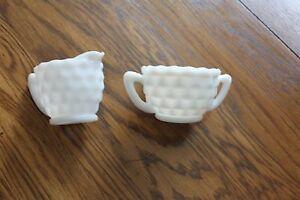 Vintage-Hazel-Atlas-Cubed-Cubist-Pattern-Cream-and-Sugar-Set