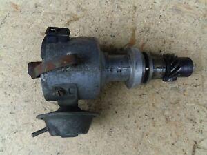 Audi-100-C2-Typ-43-5-Zyl-Zuendverteiler-Bosch-0237008001-035905205D