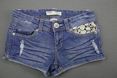 NWT DIESEL Women/'s Med Wash R120B Alaisi Cuffed Distressed Denim Shorts 29 x 4