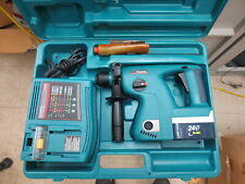 Makita Bhr200 24 Volt Sds Cordless Rotary Hammer Drill With Battery Charger