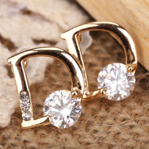 D-shaped zircon stud earrings