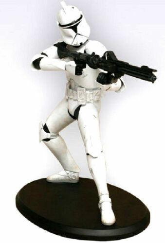 Star Wars  Clone Troopers Statue Attakus