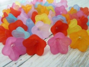 60-pce-Frosted-Acrylic-Bell-Flower-Beads-14mm-x-10mm-Jewellery-Making-Craft