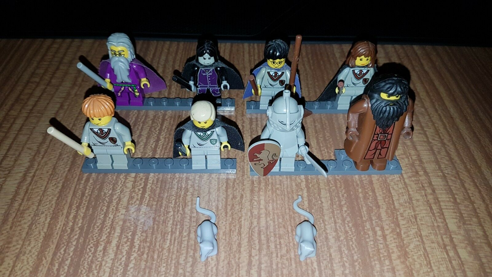 LEGO Harry Potter Minifigures from set 4709 Hogwarts Castle (2001)