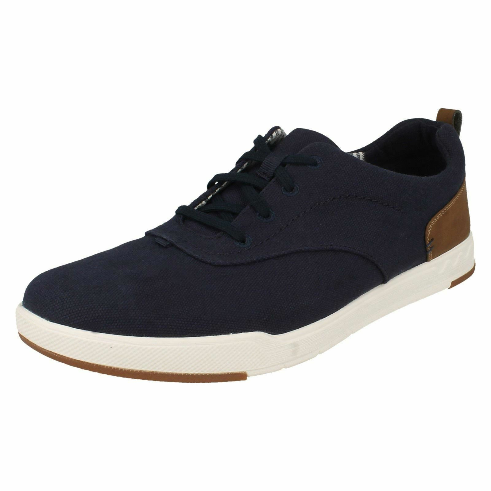 MENS CLARKS STEP ISLE CREW NAVY CANVAS LACE UP