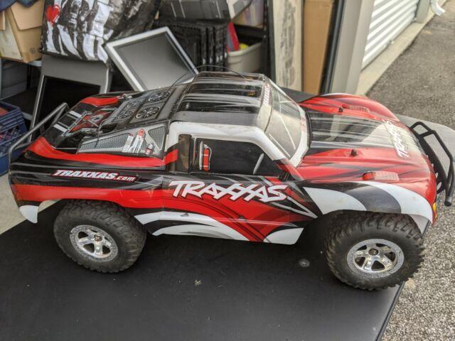 Traxxas Slash 1/10 Electric R/C Car Read Description