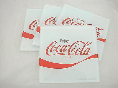 * Coca Cola® 4 Dessous De Verre Fond Blanc En Verre Enjoy 10 Cm X 10 Cm Verschillende Stijlen