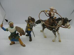 Lot-de-3-figurines-SCHLEICH-2-Chevaliers-et-1-cow-boys-a-cheval