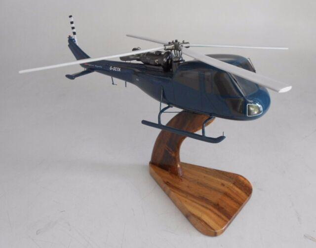 Westland Lynx HMA-8 helicopter Navy Military Aircraft Wooden Desktop Model.