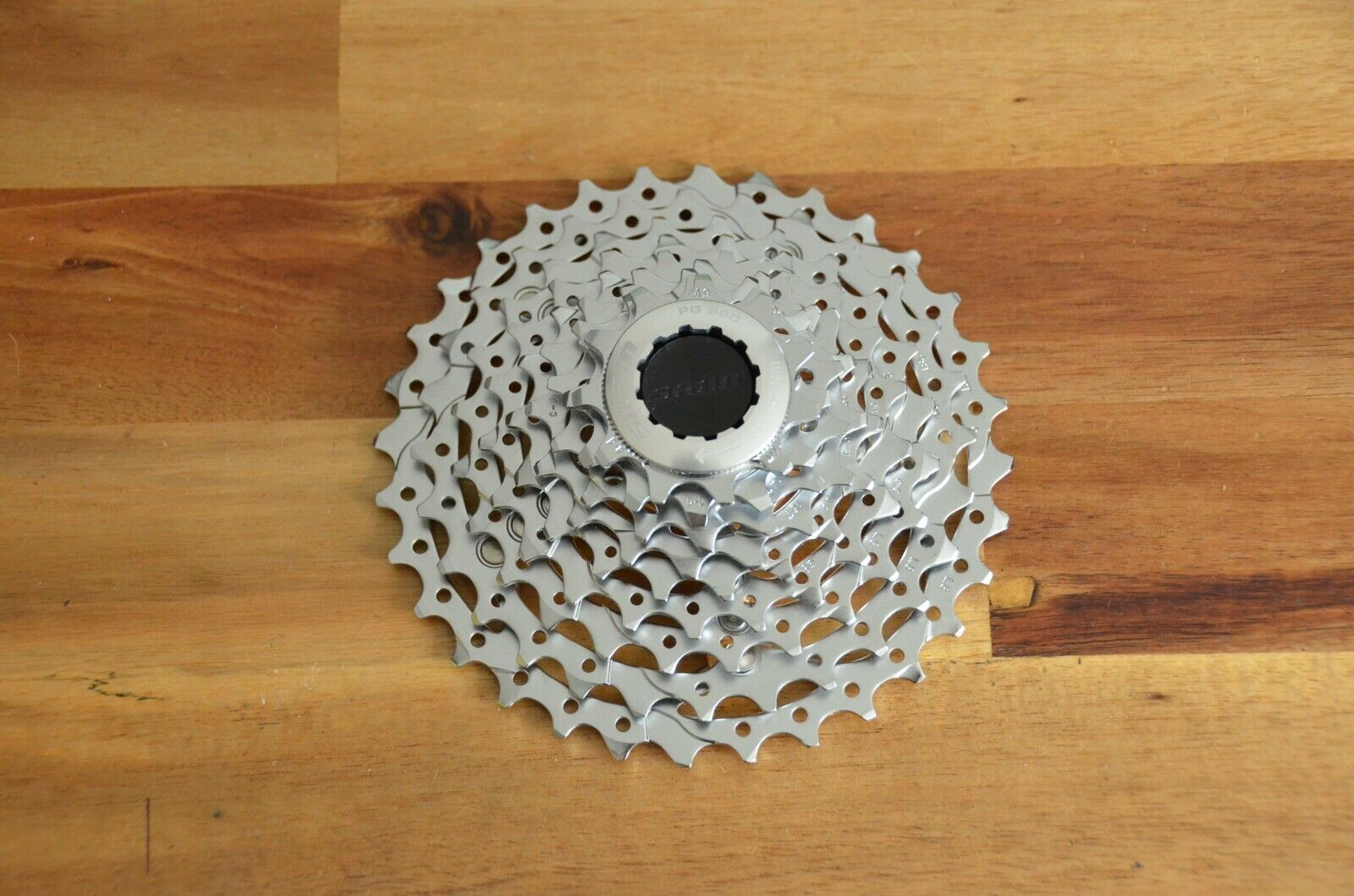 New Rare SRAM PG-990 MTB Cassette 11-32T 9 speed with Gold Spider