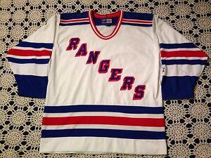 d4a9dde4c Vintage 90 s NHL New York Rangers Hockey Jersey By Starter Men s ...
