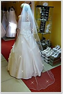 2-Tier-Waltz-Wedding-Veil-With-Pencil-Edge-And-Crystals-W-10
