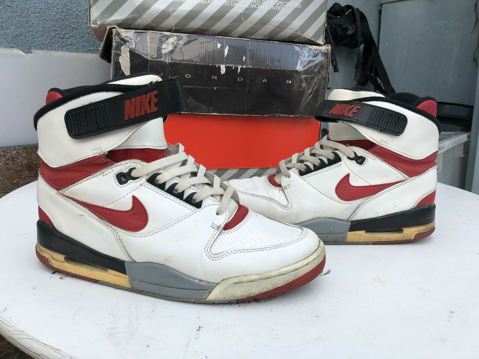1988 Nike Air Revolution White Red (Size 9, Soleswapped)