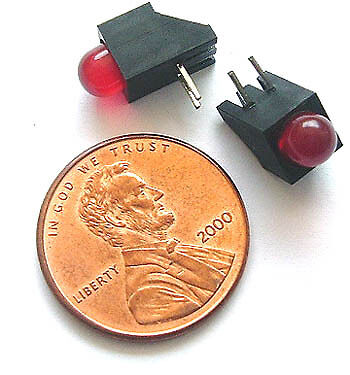 New 500 pc Lot Red 5mm T1 3//4 LEDS in Holder