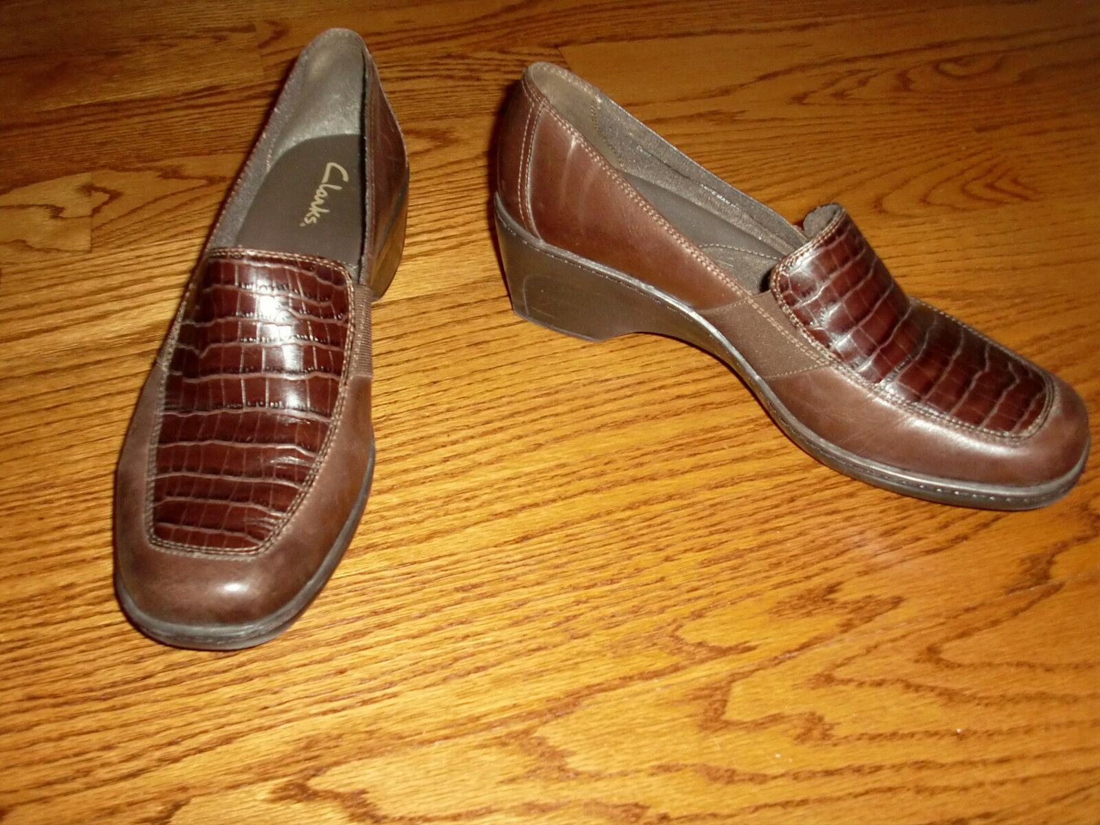 Womens CLARKS Brown Leather Mules HEELS Size 9 M