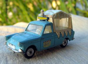 Vintage-CORGI-TOYS-447-WALLS-ICE-CREAM-Ford-Thames-Van