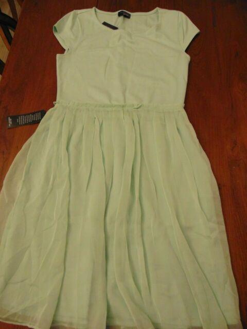 Sea foam green bodycon dress with sleeves