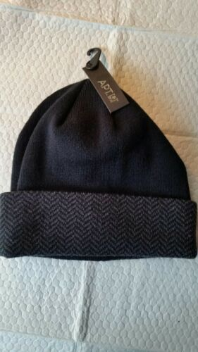MENS KNIT BEANIE HATS  VARIETY OF  STYLES  BRANDS  /& COLORS  ONE SIZE FITS ALL