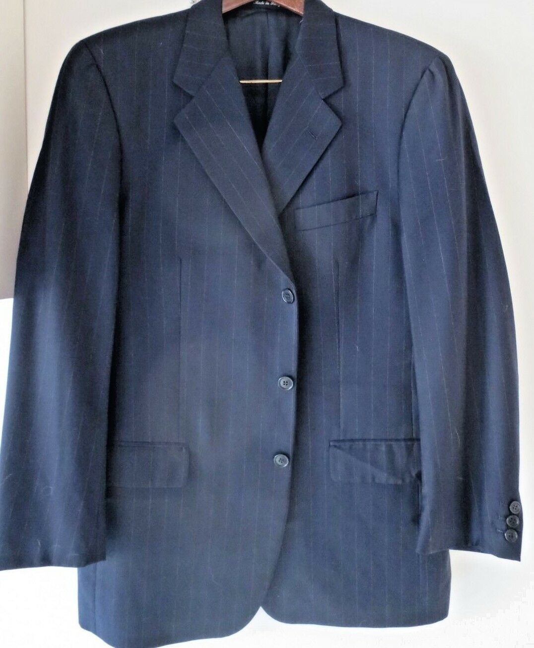 Barney's Uomo suit navy flannel /bianca stripes 3 buttons pleated/ pant cuffed pant pleated/ 40R 675092