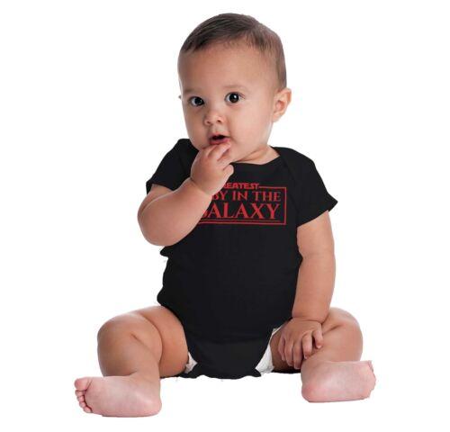 Plus Grand dans la galaxie Nerd Anniversaire Douche Nouveau-né Ange Body pour bébés