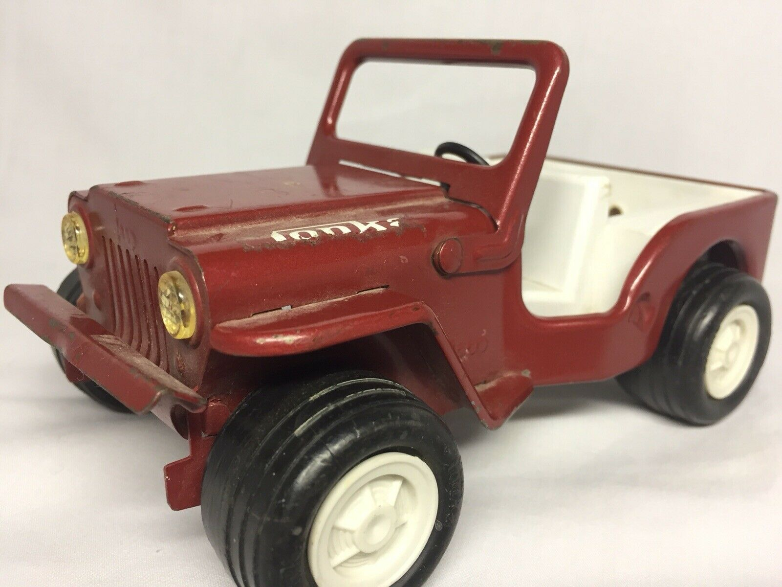 Vintage 1966 Tonka Toy Jeep rot Pressed Metal Rollong Car Folding Windshield