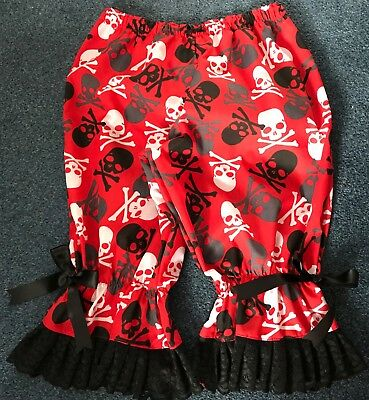 Niedrigerer Preis Mit Red Cotton Bloomers With Large Black, White And Gray Skulls Kaufe Jetzt