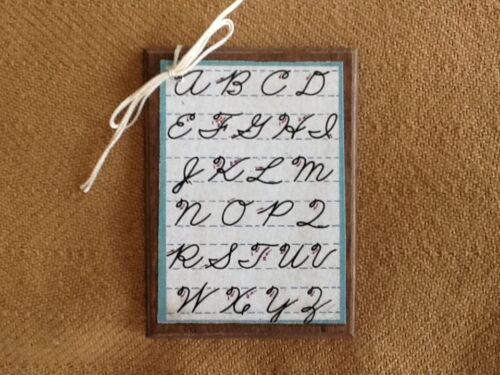 5 Wooden SCHOOL DAYS Ornaments//HangTags//HANDCRAFTED GIFT FOR TEACHER SetO6