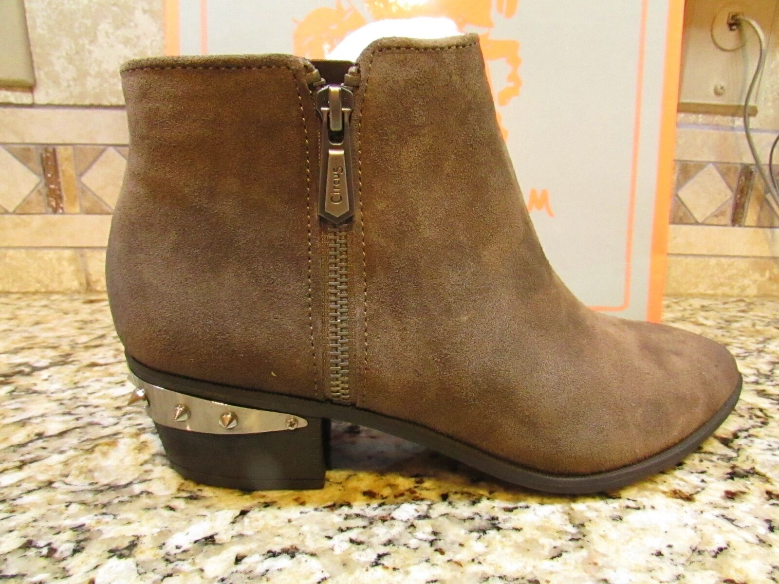 NEW SAM EDELMAN CIRCUS HOLT SUEDE LEATHER ANKLE BOOTIES BOOTS WOMENS 8.5 FREE SH