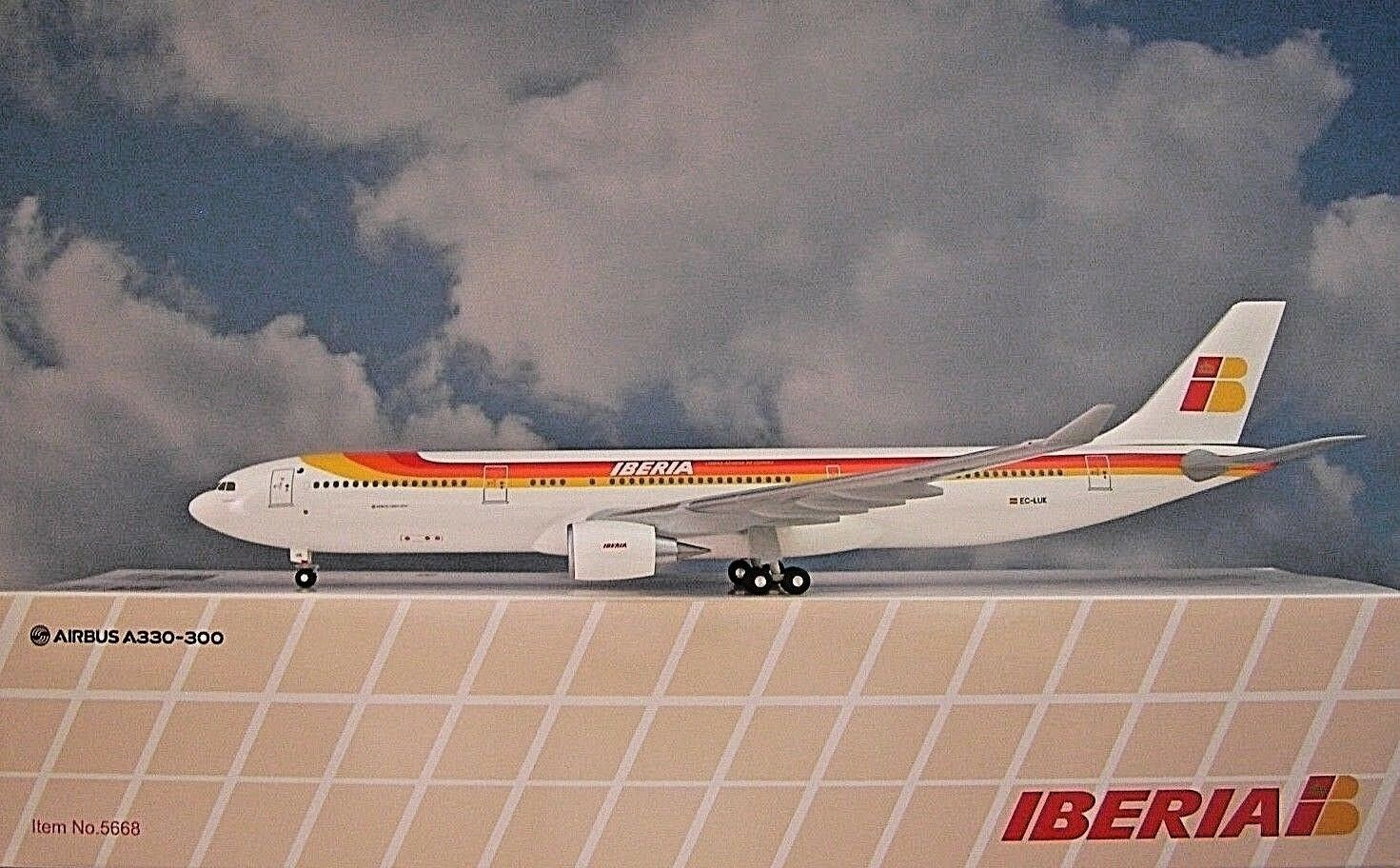Hogan Wings 1 200 Iberia EC-LUK Airbus a330-300 li5668  Herpa Wings catalogue