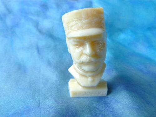 Figurine publicitaire Total - Bustes Gloires de la république : Maréchal Joffre