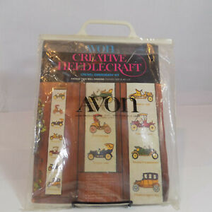 Vtg-Avon-Creative-Needlecraft-Kit-Vintage-Cars-Wall-Hanging-Crewel-Embroidery