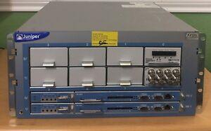 Juniper M10i Multiservice Edge Router